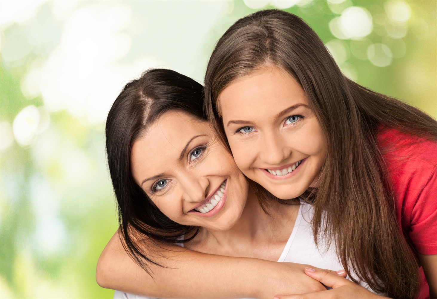 femmes qui sourient