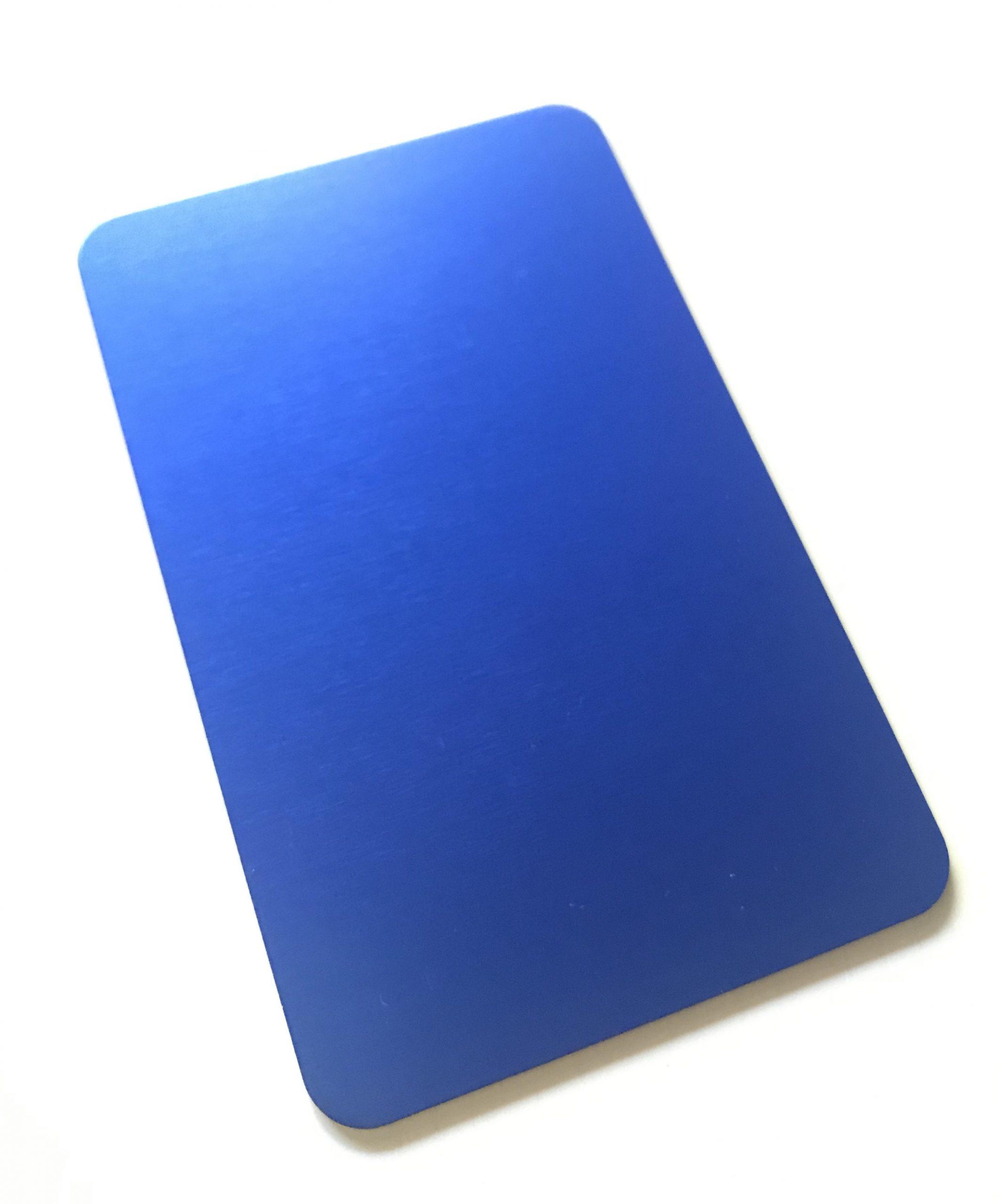 La plaque d'énergie bleue